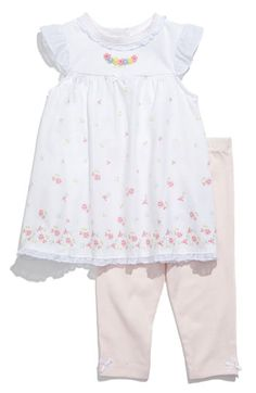Simple and feminine. Perfect little girl's outfit. :-)