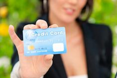 Advantages of Having a Good Credit Score - Local Banks Good Credit Score, Best Credit Cards, Local Banks, Car Finance, Free Travel, Car Insurance, Money Management, Anxious, Believe In You