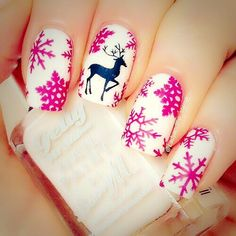 Image via We Heart It https://weheartit.com/entry/151102537 #baubles #christmas #cozy #fairy #lights #nailart #pink #reindeer #snow #tree #white #winter #fairisle