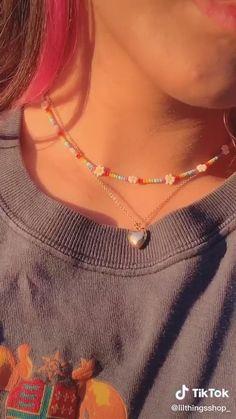 Handmade Wire Jewelry, Diy Crafts Jewelry, Bracelet Crafts, Cute Jewelry, Bead Jewellery, Beaded Jewelry, Beaded Bracelets, Chanel Jewelry, Swarovski Jewelry