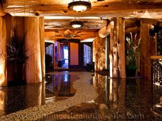 www.pioneerloghomesofbc.com White Spirit Lodge (Entrance)