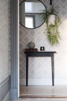 Bygg ett halvbord – Villornas Hemligheter Entryway Tables, Diy, Inspiration, Furniture, Home Decor, Bedrooms, House Ideas, Tutorials, Country