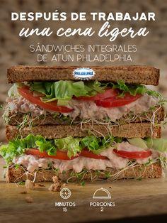 Unos sándwiches así son perfectos para relajarte en casa después del trabajo.   #recetas #quesophiladelphia #philadelphia #crema #quesocrema #comida #cena #almuerzo #sandwich #atun #queso #ligero #cenaligera #light