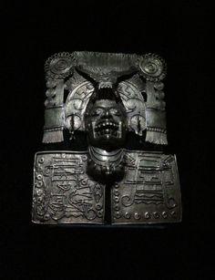 Oro de Monte Alban, en Museo de las Culturas de Oaxaca,México.| Foto por Rebecca Bewick, Noviembre 2014. //
