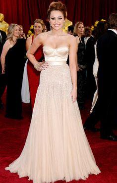 Miley Cyrus in Jenny Packham, 2011 Academy Awards... still love thia dress!!