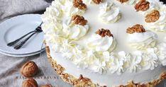 Vláčna, vďaka orechom neskutočne jemná a chutná torta vhodná na akúkoľvek príležitosť. Jednoduchý a hrnčekový recept len zo 4 vajíčo...