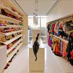 Exquisite walk in closet! http://www.womenswatchhouse.com/