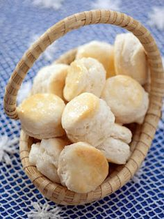 Only 4 ingredients!!!  Cream Cheese Biscuits~These melt in your mouth!! Dip these honey-to die for!