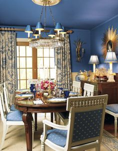 Photo by Gridley + Graves, interior design by Eric Lysdahl, Blue and White Dining Room featured in House Beautiful