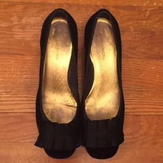 Bcbgmaxazria Black Suede Kitten Heels Size 10
