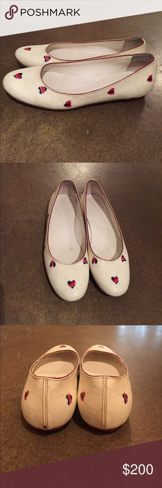 Gucci flats size 35 Gucci flats size 35 lightly worn. Purchased from Gucci store on 5th Avenue. $200 OBO Gucci Shoes Flats & Loafers
