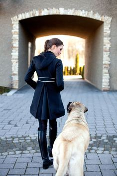 Why do you think is it essential to consider the proper suggestions in acquiring the equestrian boots to be utilized with or without any horseback riding competitors? Equestrian Chic, Equestrian Outfits, Equestrian Fashion, Riding Hats, Horse Riding, Dressage, Estilo Preppy, Perfect Movie, English Mastiff