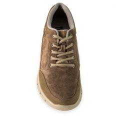 Berna. Zapatos con alzas. Exterior de piel flor de primera calidad. Interior de textil. Esta hecho con el sistema Trockenfuss, que absorbe el sudor y elimina el mal olor. Suela exterior de goma de caucho. Estilo informal deportivo, perfecto para el uso díario.