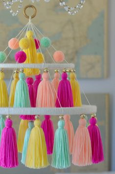 Inspirational concepts that we absolutely adore! Diy Crafts Hacks, Diy Crafts For Gifts, Diy Home Crafts, Craft Stick Crafts, Creative Crafts, Upcycled Crafts, Kids Crafts, Diy Projects, Pom Pom Crafts