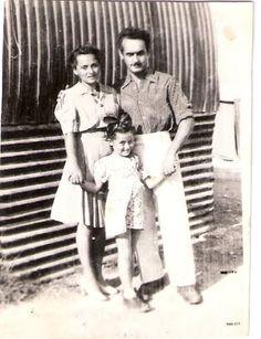מרי עם הורייה במחנה בקפריסין