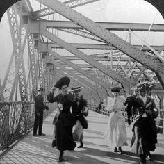 Photographic Print: The Promenade, Williamsburg Bridge, New York, USA, C1900s : 16x16in