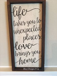 DIY Home Decor - A superlative compilation on house styling images. Key note - pin tip scale 7414952472 suggested on this day 20190119 Vinyl Projects, Home Projects, Projects To Try, Painted Signs, Wooden Signs, The Garden Of Words, Pallet Signs, Layout, Diy Signs