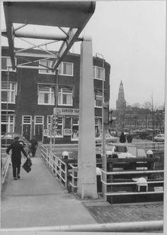 Sluiskade met brug Groningen begin jaren 70