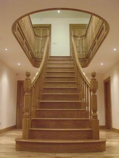 Central freestanding staircase
