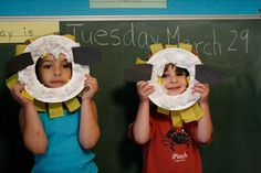 Make paper plate SHEEP masks! (Where is the Green Sheep?)
