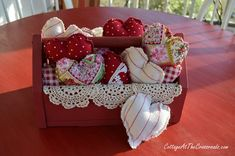 Easy to make fabric hearts with instructions - CottageAtTheCrossroads.com