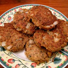 Cooking canned salmon is simple with this quick and easy salmon croquette recipe. If you have a taste for some delicious and easy to prepare salmon patties look no further. Canned Salmon Recipes, Seafood Recipes, Cooking Recipes, Healthy Recipes, Cooking Cake, Fish Recipes, Yummy Recipes, Healthy Food, Foods For Migraines