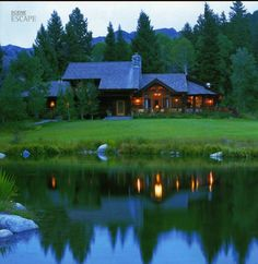 Papoose Creek Lodge, Montana...an amazing get away spot and pretty log home
