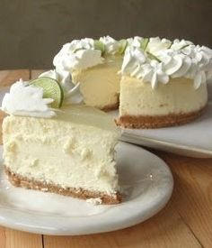 Key Lime Cheesecake Copy Cat Cheese Cake Factory � The cheesecake tastes perfect. It�s creamy, but not wet; tart, but not sour. It�s a good key lime cheesecake with a lemon glaze topping. | BGVJ