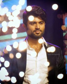 Telugu Movies Download, South Hero, Vijay Actor, Vijay Devarakonda, Beautiful Bollywood Actress, Beautiful Girl Indian, Jokers, Couple Posing, Cute Guys