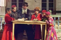 See 1900s Bukharan Jewish Children in Gorgeous Full Color | Jewniverse