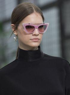 c25c63fc7a5e0 Runway Models, Valentino, Eye Shapes, Style News, Bargain Shopping,  Magazine Covers