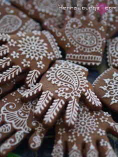 mehndi wedding cakes - Google Search Mehndi Party, Eid Party, Party Favors, Wedding Mehndi, Diwali Party, Mehendi, Pakistani Mehndi Decor, Wedding Ceremony, Desi Wedding