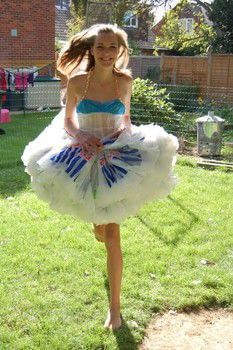 Plastic Bag Dress · How To Recycle A Plastic Bag Dress · Braiding, Construction, and Fusing on Cut Out + Keep Fused Plastic, Plastic Bags, Crazy Dresses, Recycled Dress, Paper Fashion, Best Gifts For Her, Recycled Fashion, Halloween Disfraces, Diy Costumes
