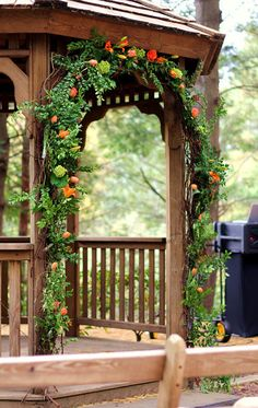 Floral Design for Archway to Gazebo