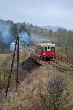 M240.0039 Telgárt 27. 10. 2018 Station To Station, Diesel Locomotive, Train Tracks, Places To Travel, Travelling, Transportation, Engineering, Vehicles, Pictures