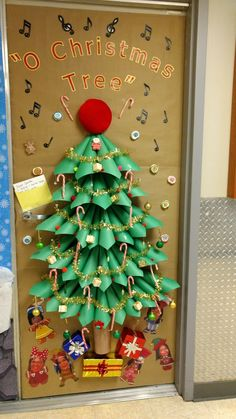 Charming Christmas Dorm Door Decorations to Slay Like a Pro Diy Christmas Door Decorations, Dorm Door Decorations, Christmas Angel Crafts, Christmas Door Decorating Contest, Christmas Classroom Door, How To Make Christmas Tree, Xmas Crafts, Christmas Fun, Cubicle Decorations