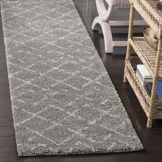 Safavieh Arizona Shag Southwestern Grey/ Ivory Runner Rug (2'3 x 12') (ASG743D-212), Size 2' x 12'