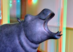 https://flic.kr/p/eeS1oS | Galerie Van Veen 3D | Brons hippo Evert den Hartog anaglyph  red/cyan Kuipershaven Dordrecht