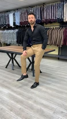 Indian Men Fashion, Mens Fashion Suits, Fashion Outfits, Blazer Outfits Men, Stylish Mens Outfits, Formal Men Outfit, Formal Suits, Designer Suits For Men, Groom Attire