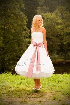 Petticoat wedding dress item Cécile von atelierbellecouture auf Etsy, €290.00