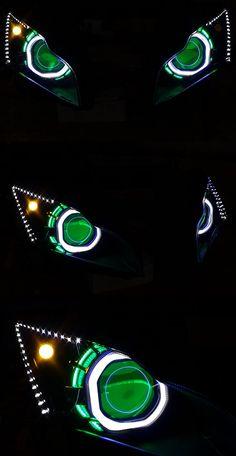 Kawasaki ZX10R 2011-2015 V2 Custom Headlight  http://www.ktmotorcycle.com/custom-headlights/kawasaki-custom-headlights/kawasaki-ninja-zx-10r-custom-headlight-2011-2015-new-style.html