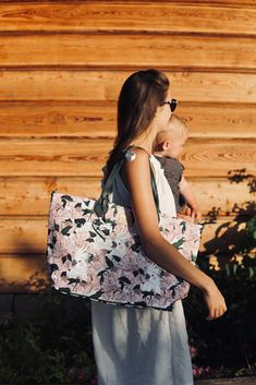 Stroller Bag, Bagan, Floral, Skirts, Fashion, Moda, La Mode, Strollers, Skirt