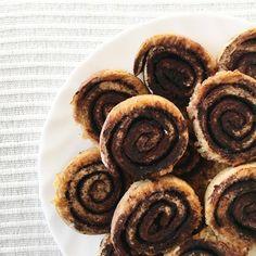 Light paleo kakaós csiga Paleo, Keto, Cookies, Blog, Crack Crackers, Biscuits, Beach Wrap, Blogging, Cookie Recipes