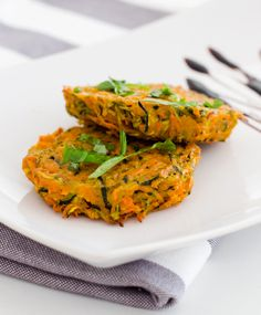 5 Zuccini patties - delicious! Make sure to dry them before baking them in the oven.