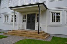 Porch Doors, Windows And Doors, Garage Doors, Outdoor Wall Lighting, Outdoor Decor, Swedish House, Main Door, Little Houses, Dream Garden