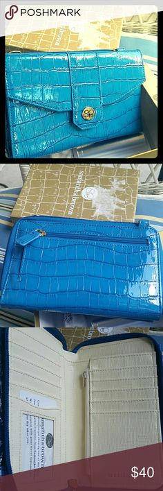 Blue Samantha  Brown bag Wristlet ,can be converted to crossbody bag. Brand new with Power Pack cell phone charger Samantha Brown  Bags Crossbody Bags