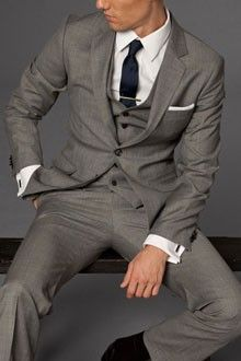 Grey suit + Navy tie