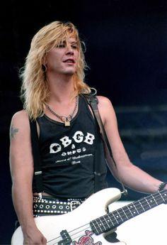 Duff of Guns n' Roses #axlrose #waxlrose #gnr #gunsnroses #rockstar #rockicon #bestsingerever #hottestmanalive #livinglegend