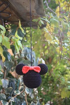 Handmade crocheted Minnie Mouse Mirror Decoration Charm or Christmas Ornament. The ball abuot 7 cm, inch. The string length abuot 25 cm, 10 inch. Crochet Christmas Decorations, Holiday Crochet, Crochet Home, Crochet For Kids, Crochet Baby, Christmas Ideas, Xmas, Mickey Mouse Crafts, Minnie Mouse Toys