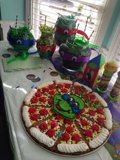 Ninja turtle candy dishes and cookie cake Ninja Turtles, Girl Ninja Turtle, Ninja Turtle Cookies, Ninja Turtle Birthday Cake, Turtle Birthday Parties, Birthday Fun, Birthday Ideas, Ninja Cake, Tmnt Cake